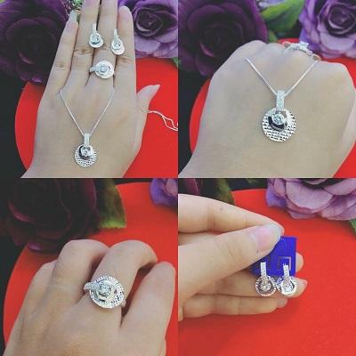 Bộ trang sức bạc đính đá