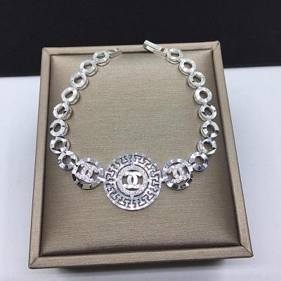 Lắc tay Chanel bằng bạc cho nữ