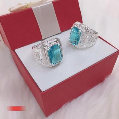Nhẫn bạc đính đá màu xanh